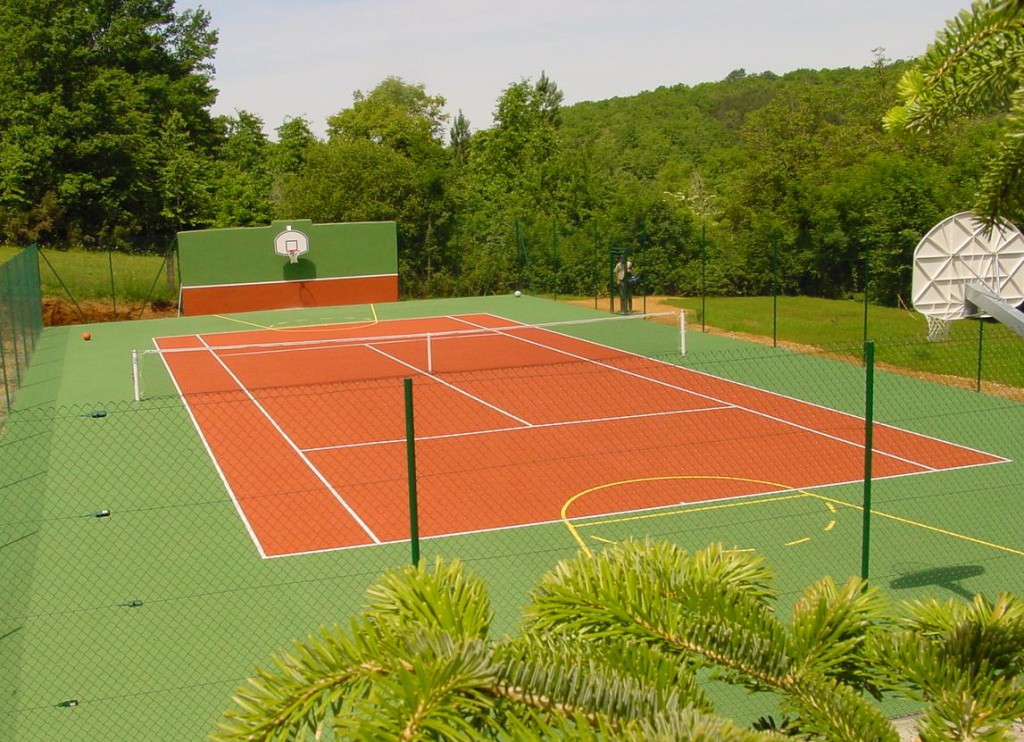 Tennisplatz Le Colombié Urlaub